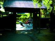 『小京都角館』へは約174km。歴史ある武家屋敷と桜並木が美しい様はまさにみちのくの小京都です。