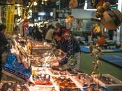 『宮古市魚菜市場』のたくさんのお店の中から、あなたのお気に入りのお店を見つけてみては♪