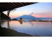 桜島を一望できる露天温泉『さつま乃湯』