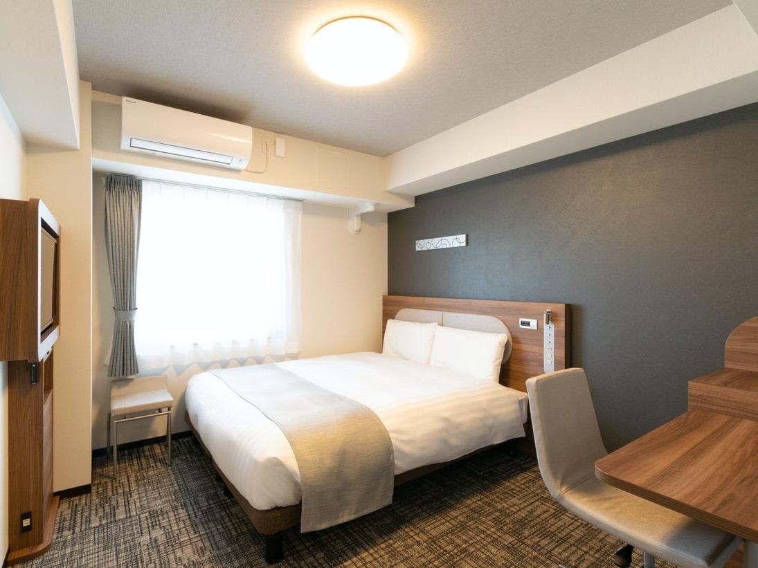 クイーンエコノミー■ダブルベッドよりも広々!160センチ幅のベッドが1台設置してあるお部屋です。