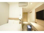 ダブル(12.1平米~)・サータ社製ベッド(140cm)・加湿空気清浄機・wifi完備