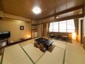 【和室】ご人数に合わせた広さのお部屋をご用意しております。