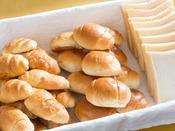 朝食 パンコーナー(一例)