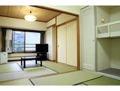 【和室スタンダードルーム(一例)】広さ37平米(和室約10.5畳)全室バス、トイレ完備。写真と異なる場合があります。