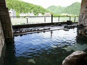 定山渓の景色を一望できる露天風呂