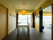 オーシャンスイート(90平米):「OZIO」(函館市元町)によるプロデュースの「1002」
