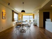 コーナースイート(70平米):「Cafe TUTU」(函館市末広町)によるプロデュースの「1001」