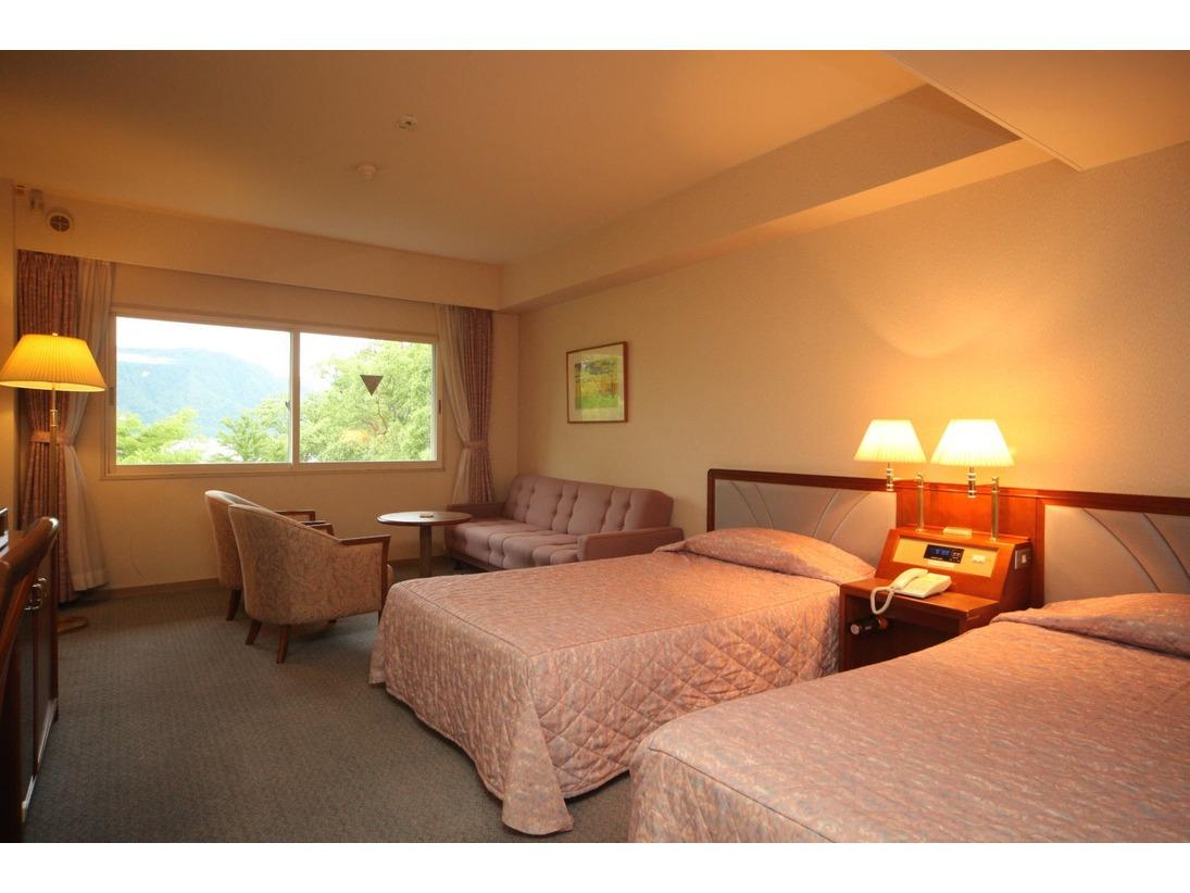 トリプルルームの一例(※ツインベッド+ソファーベッド)