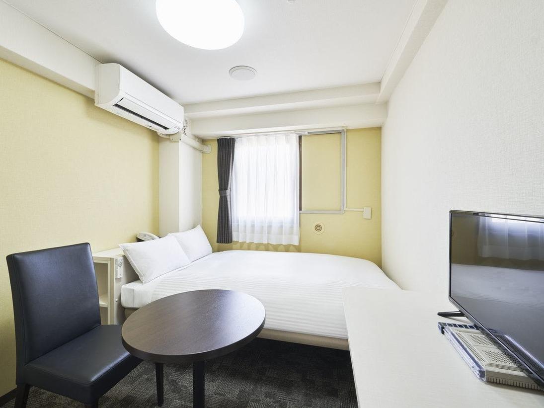 【2019年2月リニューアル!】・室内設備・ユニットバス一新!・フランスベッド社製マットレス(ベッド幅120cm)・空気清浄機・WiFi・ミニキッチン※ご連泊中のルームクリーニングはございません。※未就学のお子様1名様まで添い寝無料でご宿泊