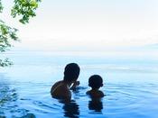 【露天風呂】親子で海を一望!思い出に残る絶景がココに♪