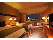 コンフォートツイン・31平米。喫煙は20階、禁煙は21階~25階。お部屋から金沢の街並み、夜景をお楽しみいただけます。