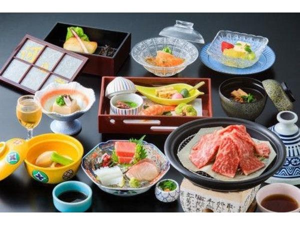 ホテル河鹿荘会席料理一例