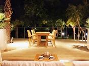 """【ログハウス A-type """"Palm Terrace""""】自然と一体となった特別なテラス時間を。"""