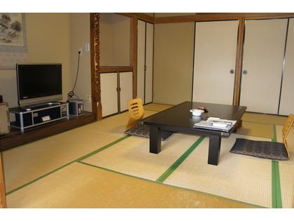 道路向き客室の一例