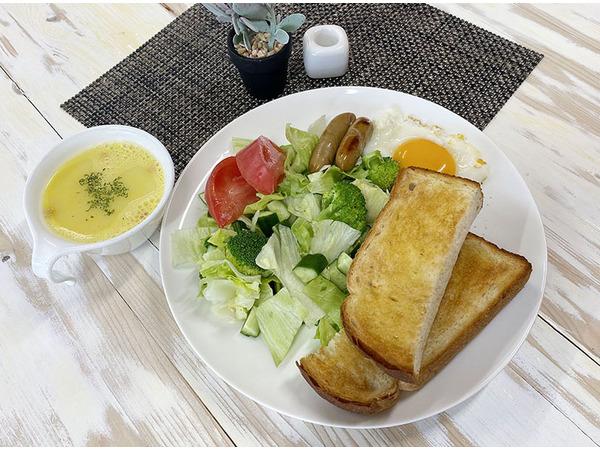 朝食例(オレンジ+コーヒー付き)