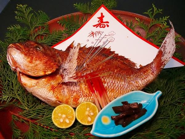 お祝いムードを盛り上げる「めで鯛 塩焼き」