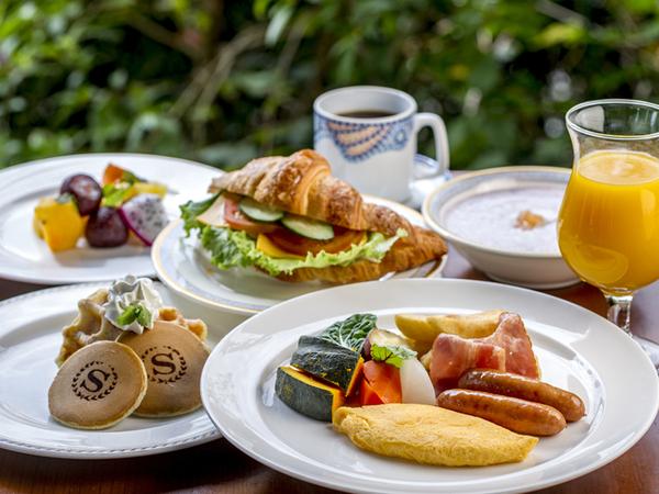 朝食は和食、洋食取り揃えています。
