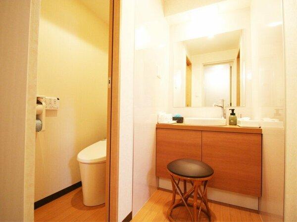 和洋室はバストイレ洗面がそれぞれ独立。当たり前のようですが、このホテルでは和洋室のみなんです
