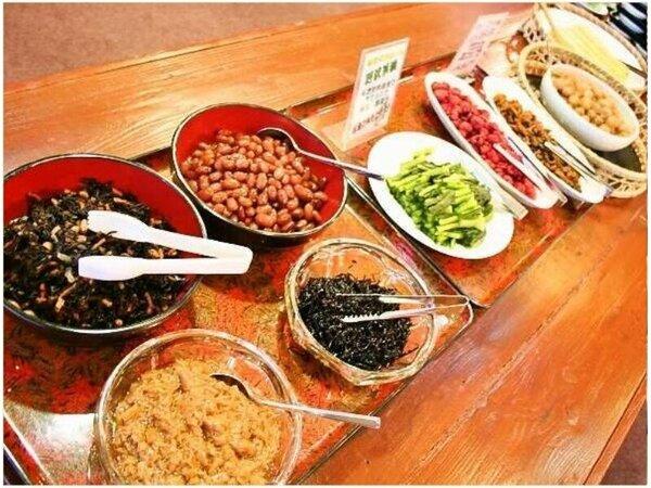 日本一の生産量をほこる「えのき」「野沢菜」も朝食バイキングで人気です