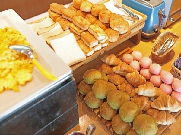 朝食ビュッフェ×スイーツ&フルーツ
