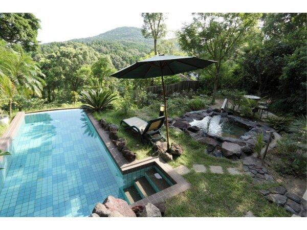 ◆ 温泉水プール&露天風呂付き洋室 ◆ 露天風呂とプール 開放的♪