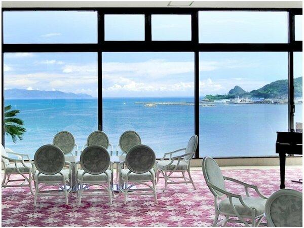 ◆田川家の一日◆ エントランスに一歩足を踏み入れると、そこには錦江湾の大パノラマが広がります!