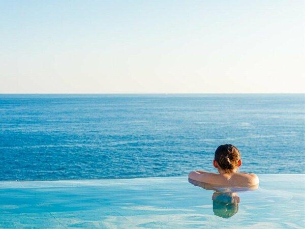 海と一体になれる露天風呂「蒼空Sora」