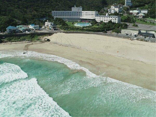 白浜海岸上空からのホテル伊豆急