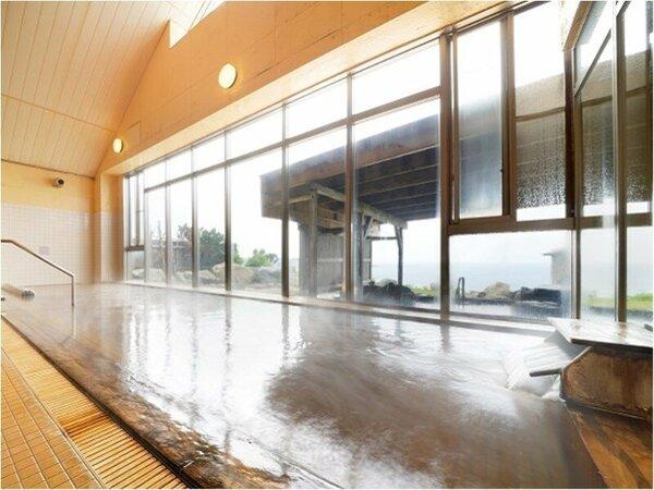 和風浴室の「内風呂」※男女入替制となっております。