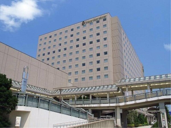 オリエンタルホテル東京ベイ外観 JR新浦安駅直結でパークへ、都内へ最高の利便性。