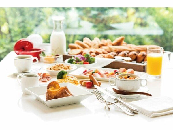 レストラン「グランサンク」洋食・和食朝食ブッフェ