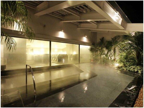 天然温泉付き大浴場「ほほえみの湯」(露天風呂)※有料