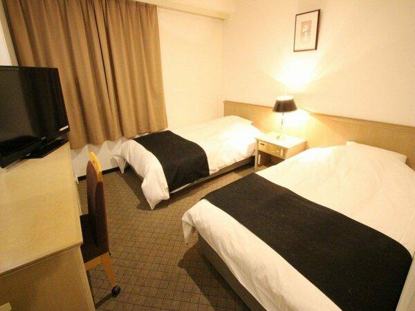 ツインルーム 面積12平米 ベッド110cm×195cm