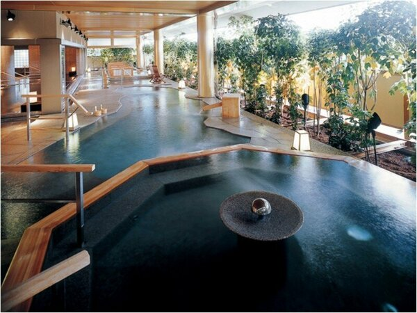 大浴場「悠幻の湯殿」(露天風呂)
