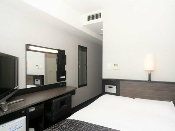 セミダブルルーム / 9平米 / ベッド幅120cm×1台