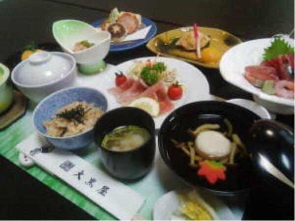 恵比寿膳。写真は一例です。日により内容が変わりますのでご注意くださいませ。