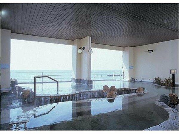【女性大浴場】源泉100%の柔らかいお湯はしっとりした感触でスベスベのお肌になると好評です。