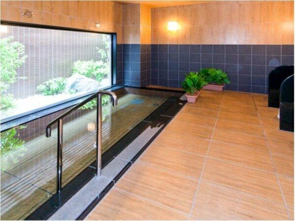 男女別人工ラジウム温泉大浴場 入浴可能時間 15:00~2:00 / 5:00~10:00