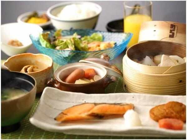 ◆ご朝食◆地元食材をふんだんに使った、朝から優しい味わいのご朝食。どうぞお愉しみくださいませ