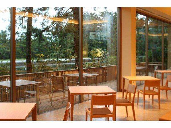 【館内案内】2014年夏OPEN!石窯レストラン 『MON』 眺望は運河♪朝はとっても爽やか♪