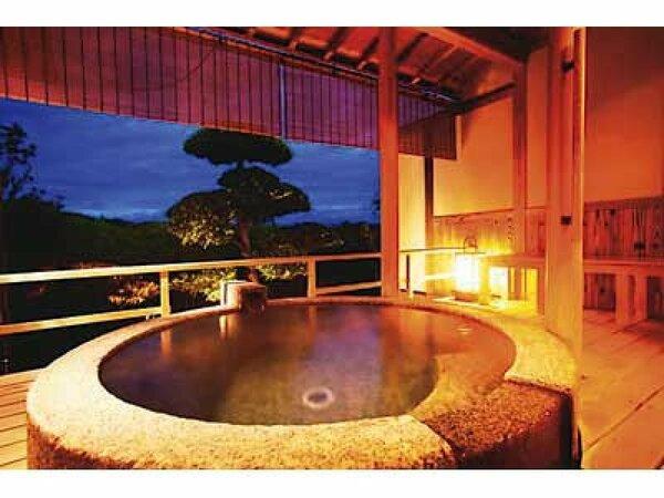 【露天風呂付和室】絶景と真心のおもてなしで心安らぐひとときをお過ごしください。