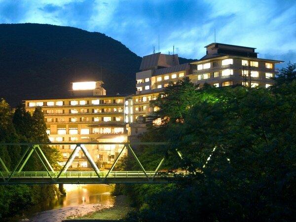 夜空にうかぶ湯の杜 ホテル志戸平