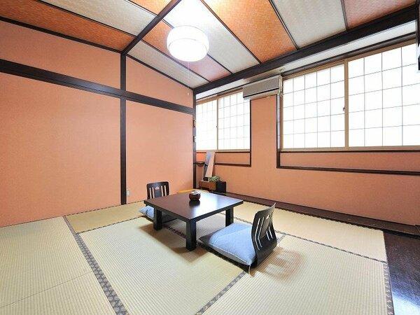 この部屋はリピーター様が一番多い部屋。純和風のデザインと1万円前後で泊まれる手頃な宿泊料が人気。