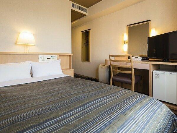 <セミダブルルーム>Wi-Fi完備 13平米/ベッド幅120cm