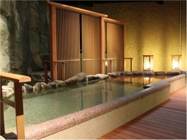 【大浴場】平安の湯・雅でございます。雅と楽は朝夜男女入れ替え制でございます。