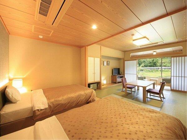 和室とベッドを設え、落ち着いた滞在時間が過ごせるお部屋です。