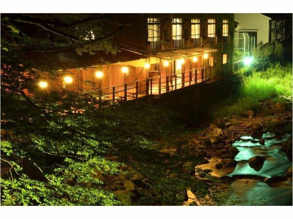 みち 水 風 湯ヶ島 みち の た の たつ 【公式】伊豆箱根で唯一川床のある宿|水のみち 風のみち