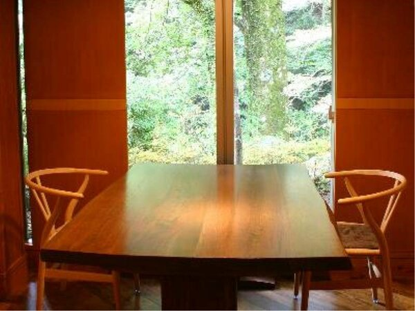 ≪旬香団人倶(しゅんこうだいにんぐ)≫自然に囲まれた個室ダイニングでお楽しみ下さい