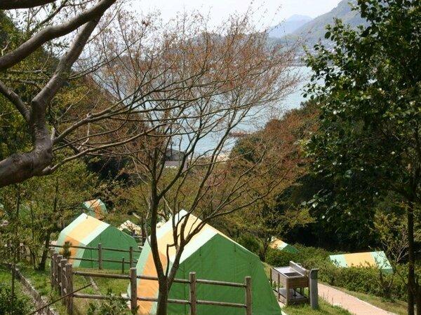 仙酔島キャンプ場 常設テントです。