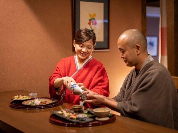 お食事にはぜひ、岡山の地酒もご一緒にどうぞ。会話もお箸も弾みます